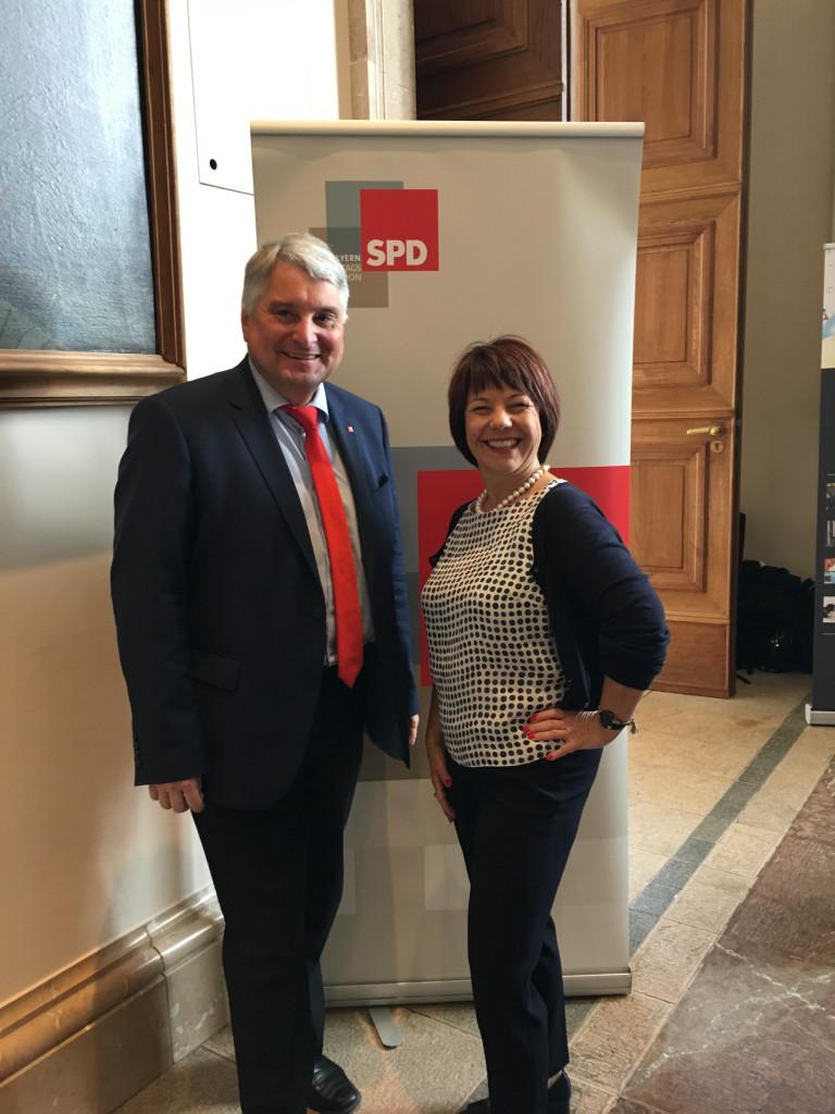 Harald Güller und Diana Stachowitz bei der Sportkonferenz 2018